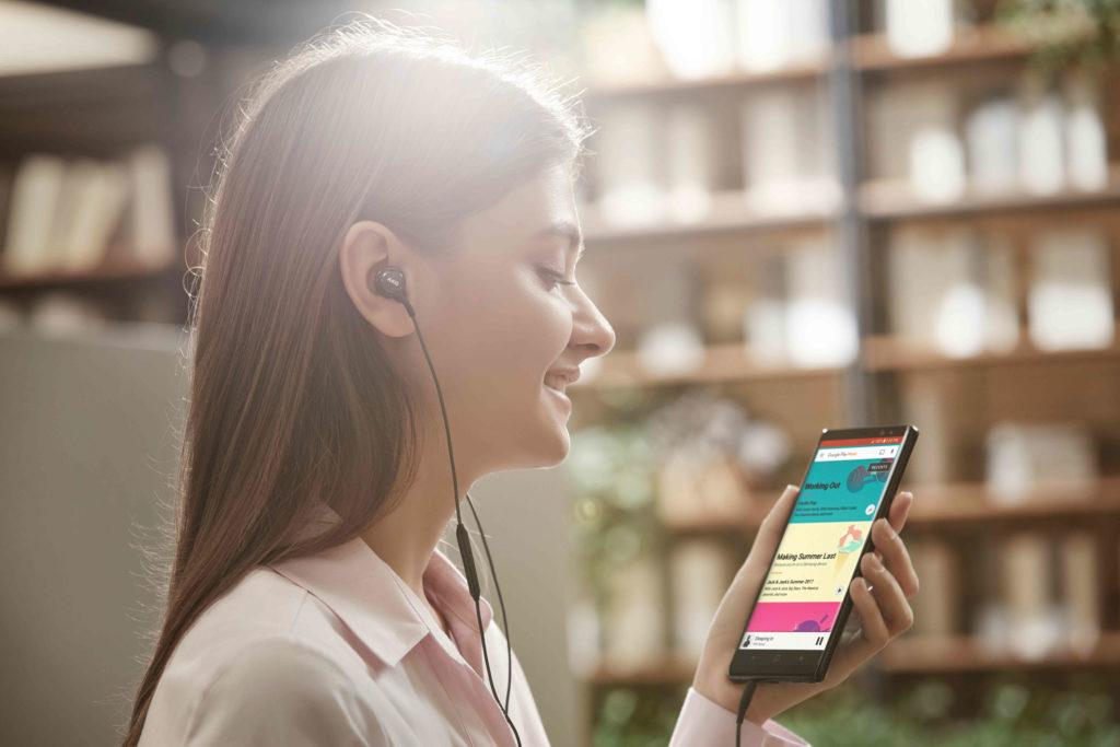 Smartphone es el dispositivo más usado para el trabajo en casa