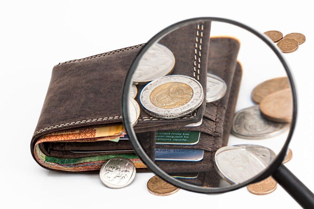 Mexicanos destinan entre 300 y 500 pesos mensuales para 14 de febrero