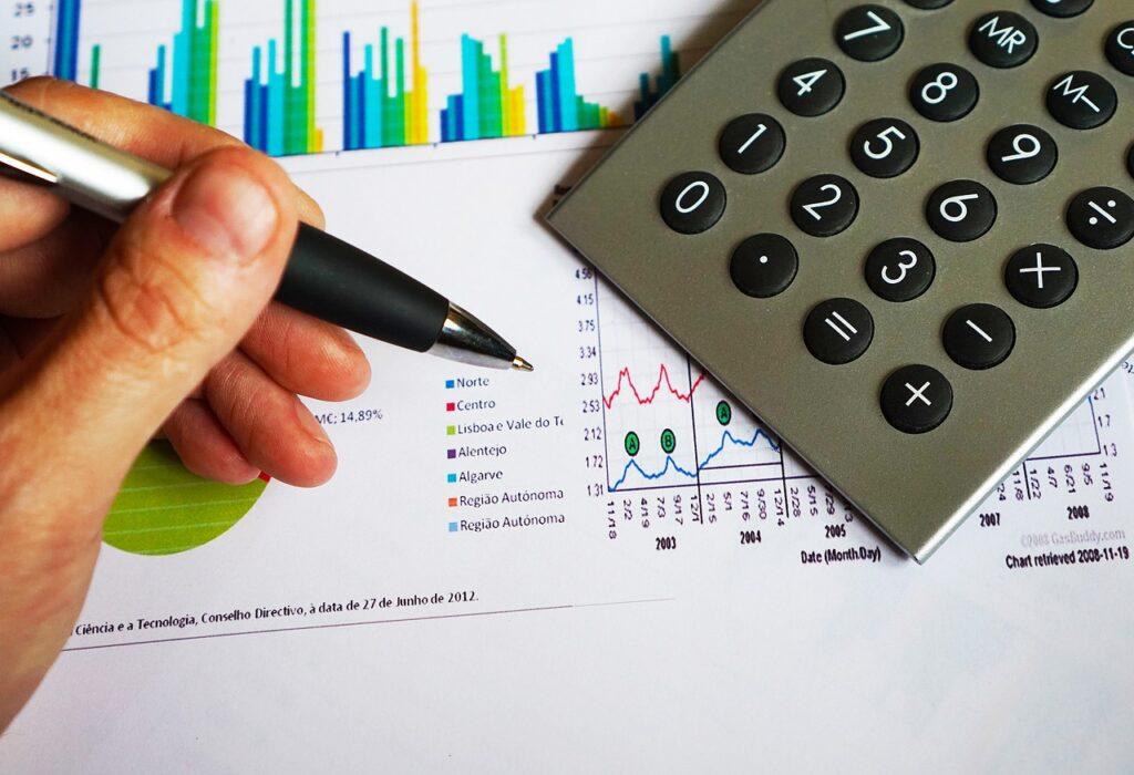 ¿Cuál es el costo del seguro de gastos médicos mayores empresarial?
