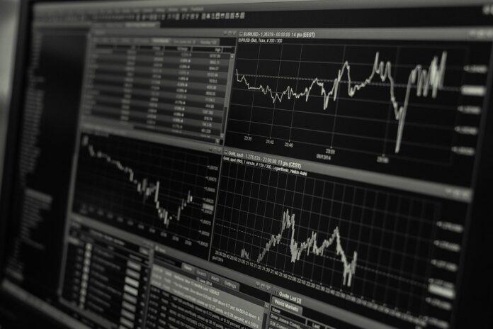 Banxico prevé que PIB podría crecer 4.8% en 2021