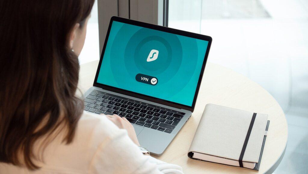 Conexiones VPN: protección para empleados remotos