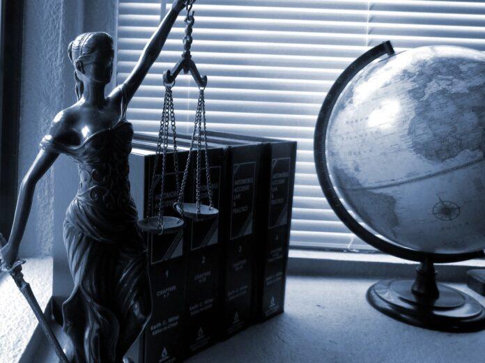 Firmas de abogados enfrentan la opción de modernizarse ante nueva normalidad