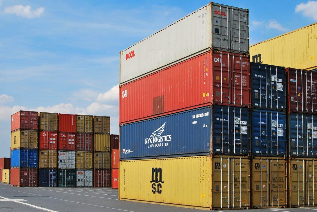 Exportaciones en México podrían repuntar hasta 25% en 2021