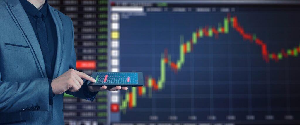 Sector financiero se recupera de la pandemia y augura corrección